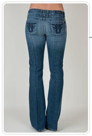 Üst bacaklarınız kalın, poponuz yassıysa, düşük bel ve küçük cepli modelleri seçin.  Nerelerde bulabilirsiniz?  Levis, Banana Republic, H&M, Mavi Jeans